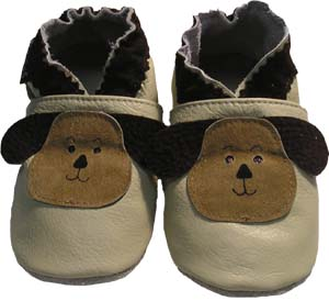 A pet for any child! These dogs will become your childs best friend. Great neutral colour to compliment many outfits.