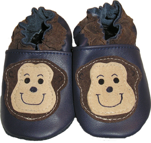 Navy blue shoe with two tone monkey face